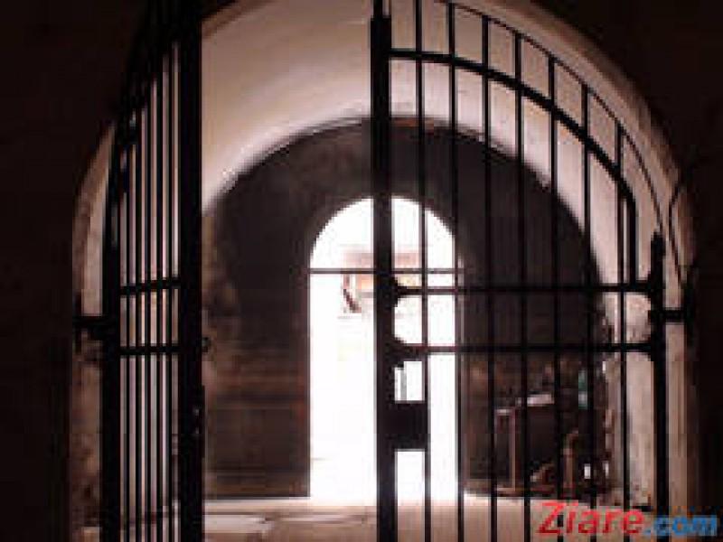 Detinutii inchisi in conditii proaste vor fi eliberati automat mai devreme