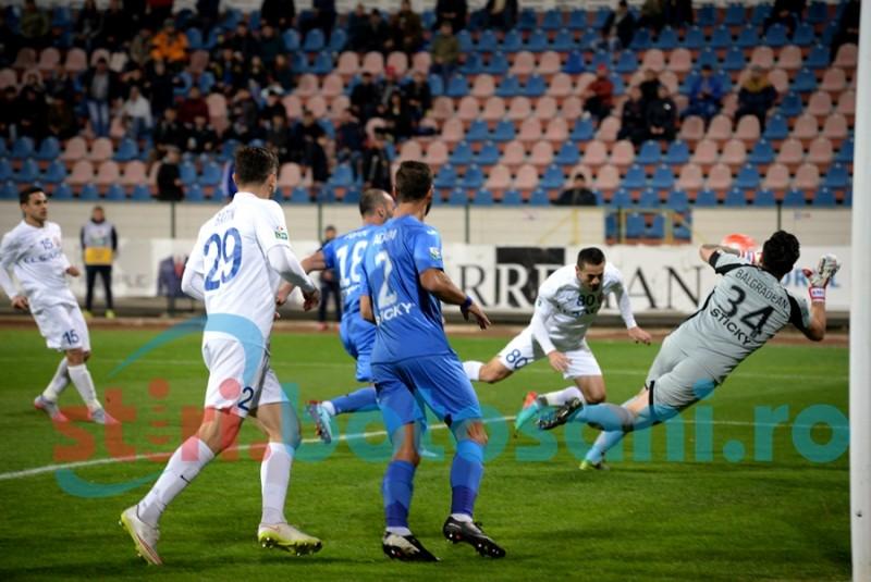 DEZASTRU! FC Botosani invinsa de Craiova, dupa ce a condus cu 1-0 si a avut un om in plus mai bine de o repriza!