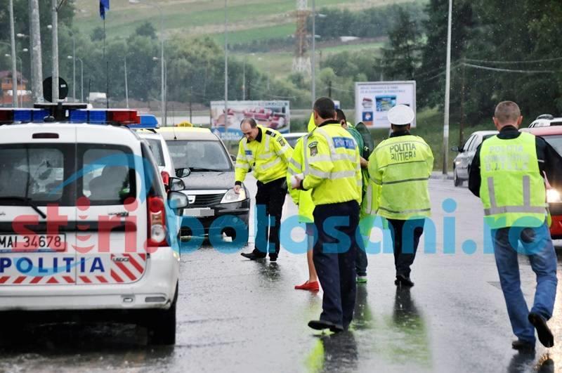 DEZASTRU PE ŞOSELE: 220 de şoferi amendaţi pentru VITEZĂ, 20 au rămas fără permis!
