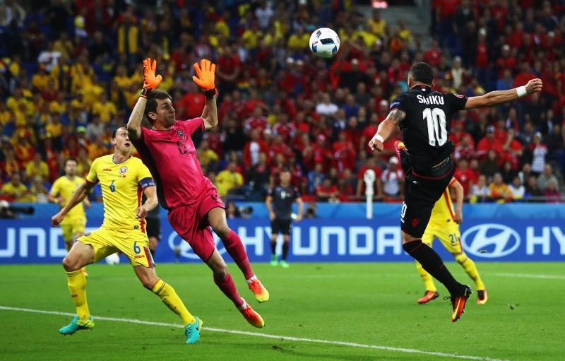 """DEZASTRU pentru fotbalul românesc! """"Tricolorii"""" sunt eliminaţi ruşinos de la EURO, cu un singur punct"""