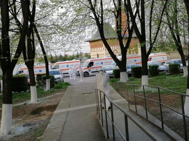 Dezastrul de la Suceava se repetă la Botoşani. Cum a îmbolnăvit o pacientă de 27 de ani peste 150 de cadre medicale de la Spitalul Judeţean