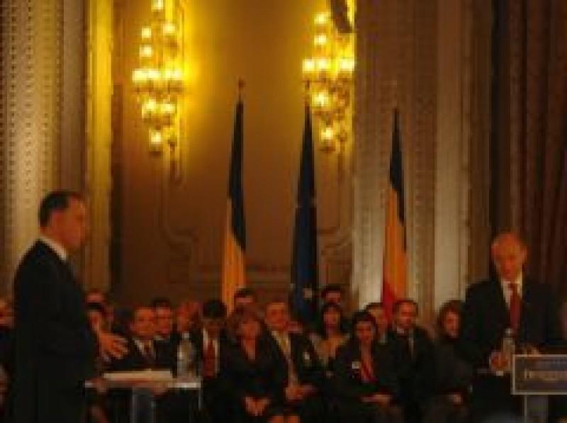 Dezbaterea dintre Traian Basescu si Mircea Geoana: CINE A CASTIGAT?