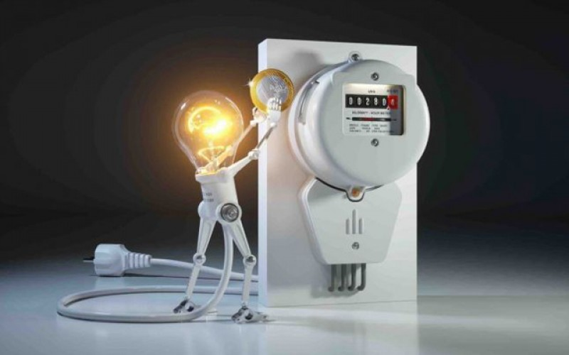 Din ianuarie am putea avea facturi mai mici la energie: Două taxe ar putea fi eliminate din factura la curentul electric
