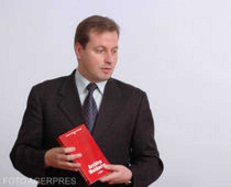 Directorul Bibliotecii Universitare din Iași și soția lui, găsiți morți în casă!