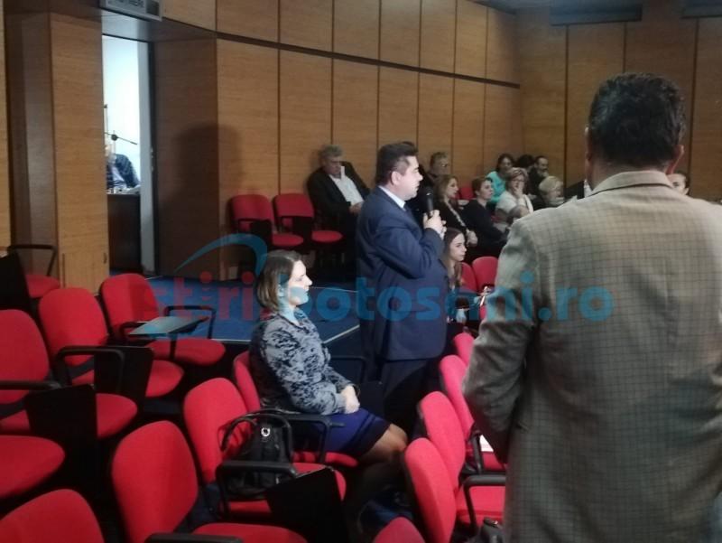Directorul Nova ApaServ explică ce a făcut cu milionul de euro primit în mai: trei utilaje și niște contoare de un milion de lei
