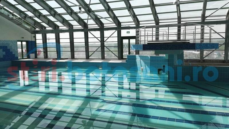 Discuții în Consiliul Local de la halate, prosoape și înălțimea celor care vor veni la piscinele de la Cornișa. Vezi tarifele stabilite!