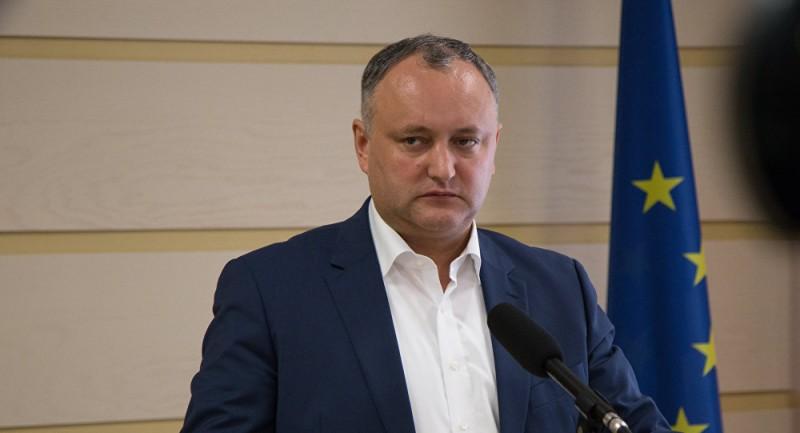 """Dodon îl amenință cu închisoarea pe şeful unui raion care serbează """"Anul Centenarului Unirii"""""""