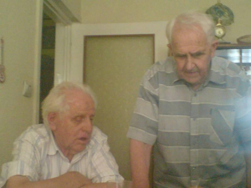 Doi fraţi au devenit cetăţeni de onoare ai municipiului Botoşani