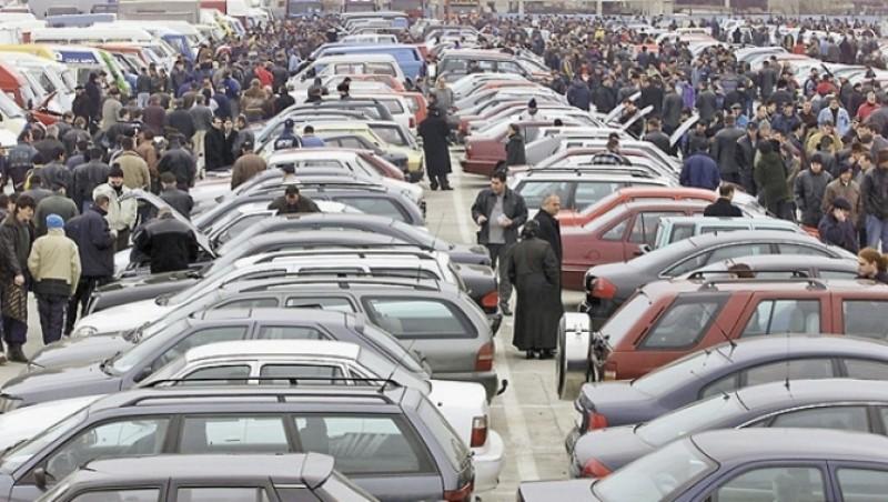 Doi lei la fiecare plin de benzina - propunerea pentru noua taxa auto