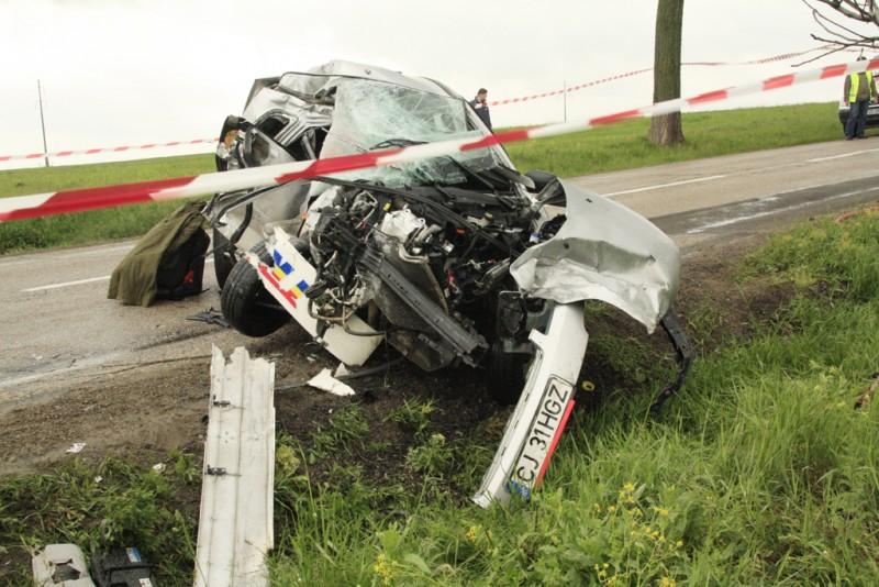 Doi morti in accidentul produs vineri la amiaza! - FOTO