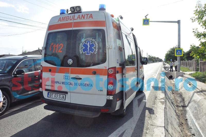 Doi şoferi din Botoşani s-au ciocnit pe o şosea din Suceava. O tânără a fost rănită!