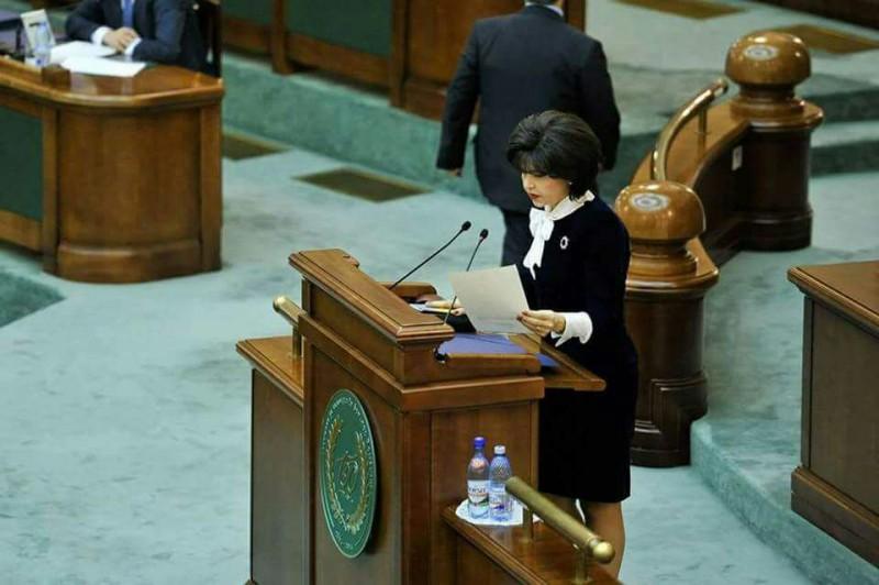 """COMUNICAT Doina Federovici: """"Viitorul Guvern va trebui ca în maxim 3 luni să reintre în calendarul programului de guvernare"""""""