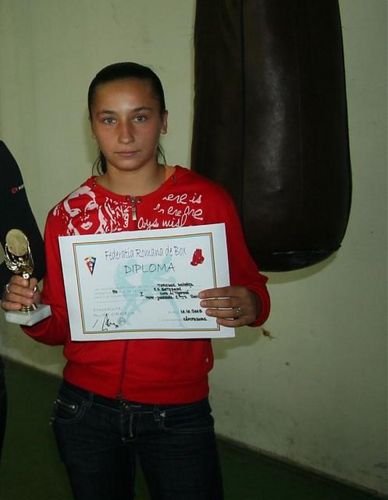 Doiniţa Torodoc, campioană naţională la box