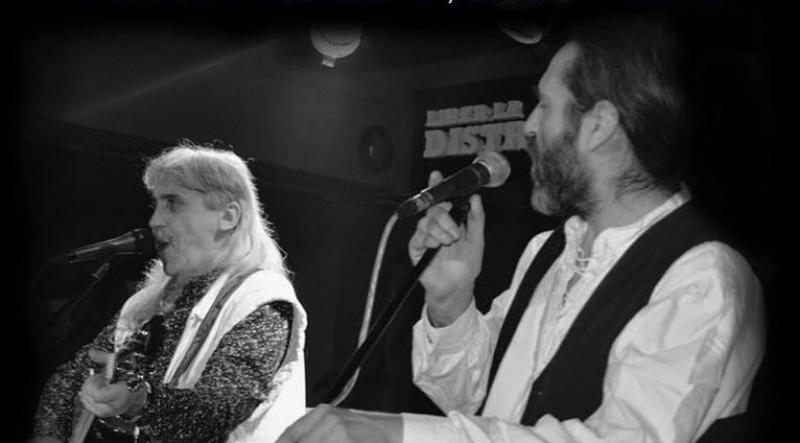 DOLIU în folkul românesc! Un îndrăgit cântăreț, născut la Botoșani, a murit la doar 47 de ani! VIDEO