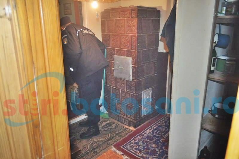 Panică într-un bloc din Dorohoi, după ce un locatar a uitat mâncarea pe foc! FOTO