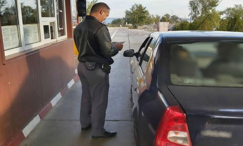Dosar penal după ce a cumpărat un Peugeot din Polonia și mergea acasă. Mașina era radiată!