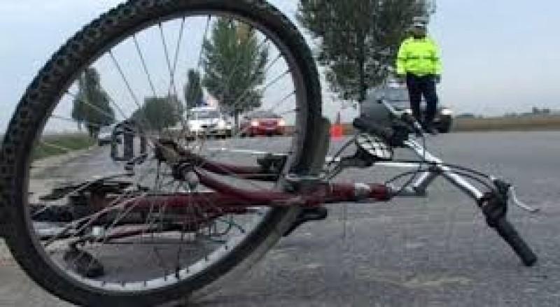 Dosar penal pentru un botoșănean: A părăsit locul accidentului și a șters urmele, după ce a lovit un biciclist!