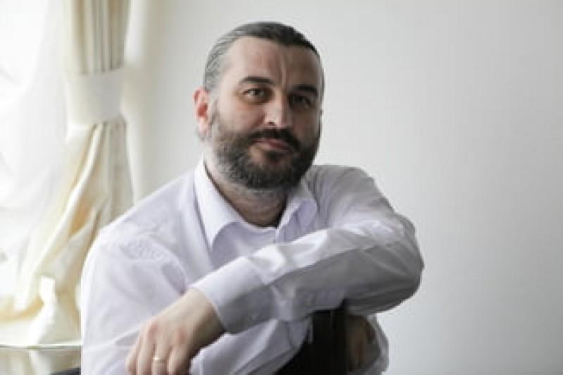 """Dosarul coruptiei de la Universitatea """"Petre Andrei"""" din Iasi: Rectorul a fost condamnat cu suspendare, prodecanul merge la inchisoare"""
