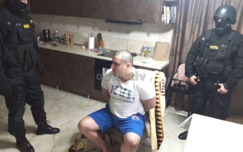 """Dosarul lui Huţuleac-""""Duţu"""", individul care l-a lovit cu sabia în cap pe poliţistul Ciprian Sfichi, se va judeca la Tribunalul Botoşani"""