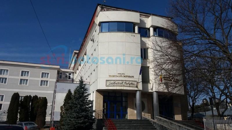 Dosarul medicului defunct acuzat de DNA de luare de mită și trafic de droguri, repus pe rolul Tribunalului din Botoșani