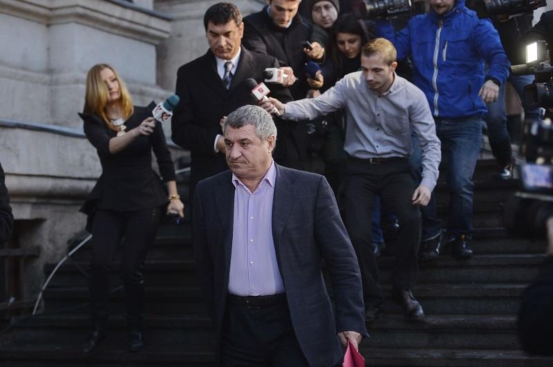 """""""Dosarul Transferurilor"""": verdictul va fi anunţat pe 4 martie, cu o zi înaintea alegerilor pentru şefia FRF"""