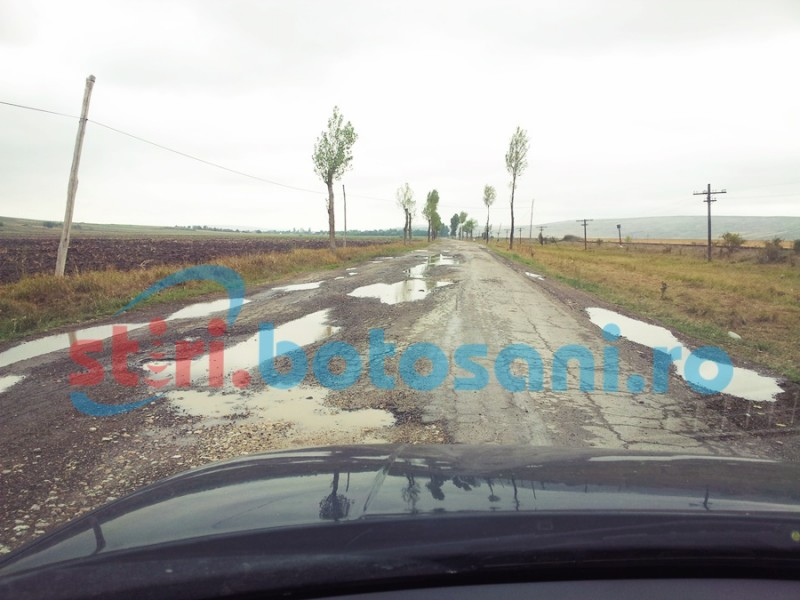 Două drumuri județene asfaltate, anul acesta, cu bani de la Guvern