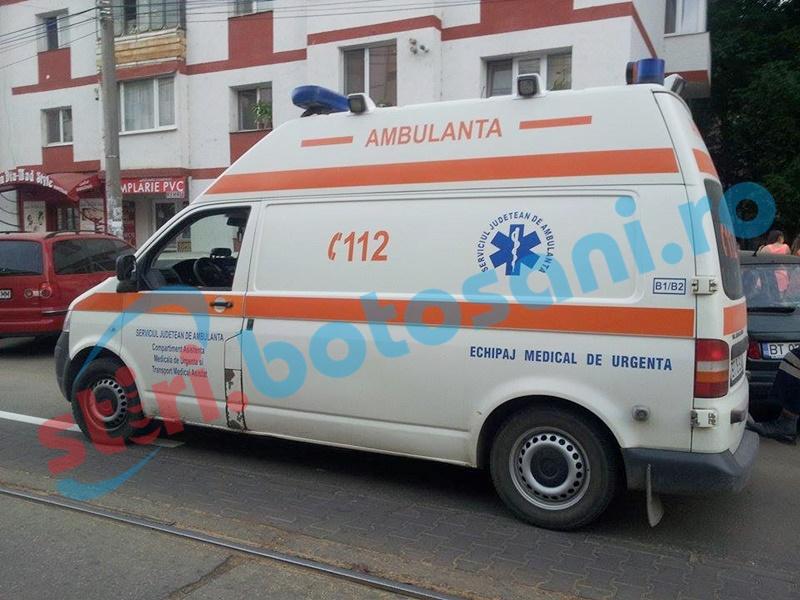 Două persoane au ajuns la spital, din cauza unui șofer grăbit!