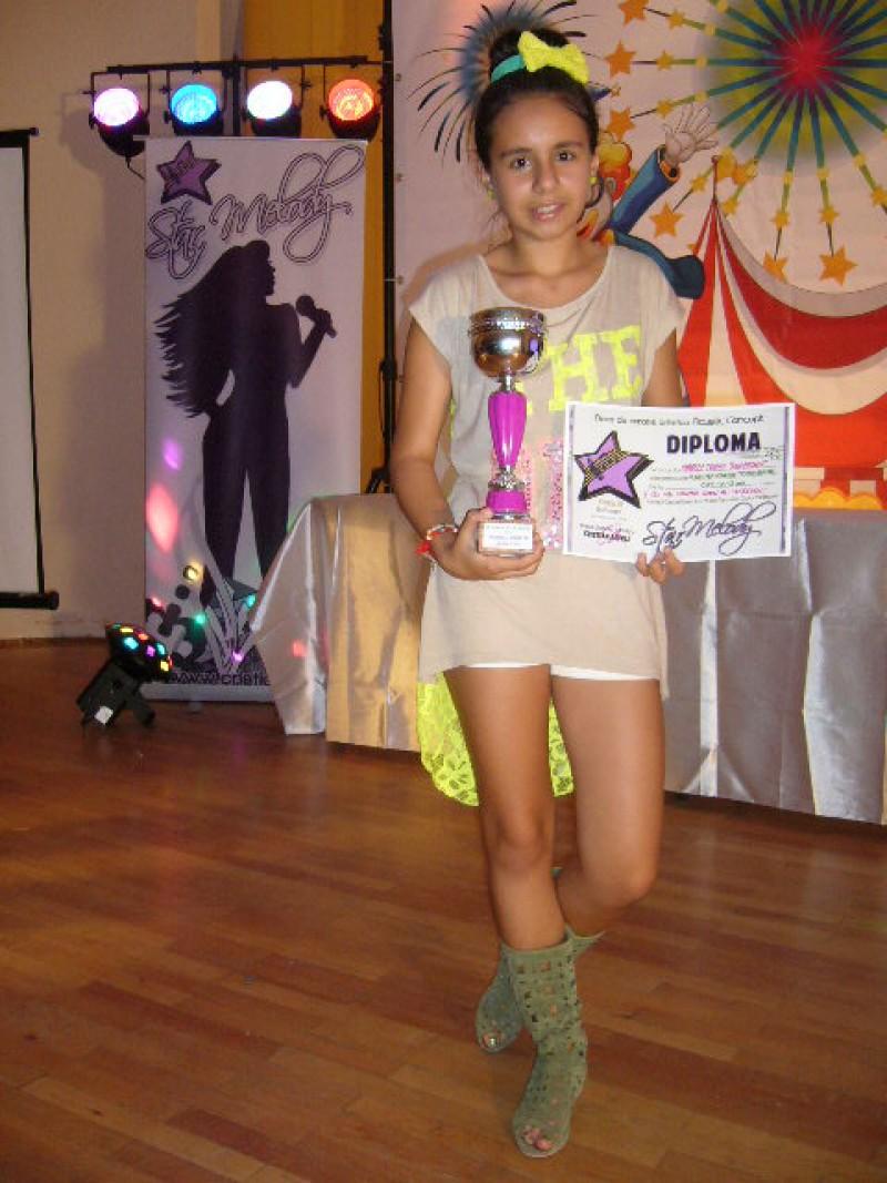 Doua premii la doua festivaluri de muzica pentru o botosaneanca! FOTO
