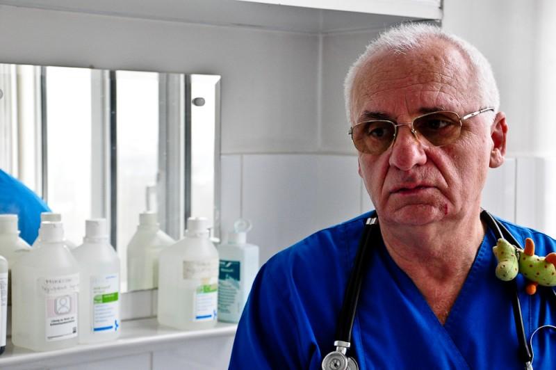 """Dr. Gheorghe Chiriac-Babei: """"Nu știu să fac altceva. Copiii mă ajută să exist!"""""""