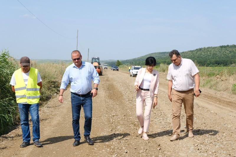 """Consiliul Județean Botoșani: Drumul """"Mănăstirilor"""" începe să prindă contur!"""