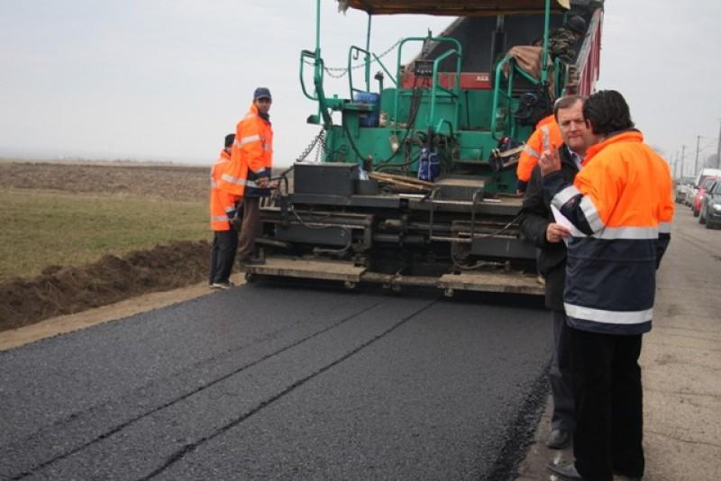 Drumul Suharau-Oroftiana, modernizat cu 700.000 euro pe kilometru!