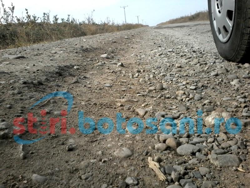 Drumuri de interes local asfaltate în următorul an într-o comună botoşăneană