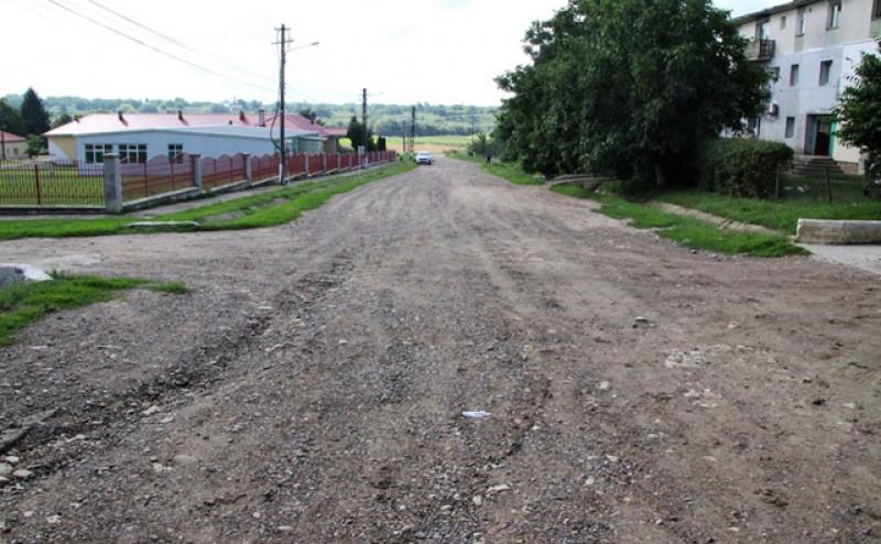 Drumurile sătești din Mitoc sunt modernizate cu bani de la PNDL