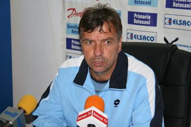 Dumitru Bolborea: L-am surprins pe Leo Grozavu, prin aşezarea în teren şi cu ambiţia jucătorilor