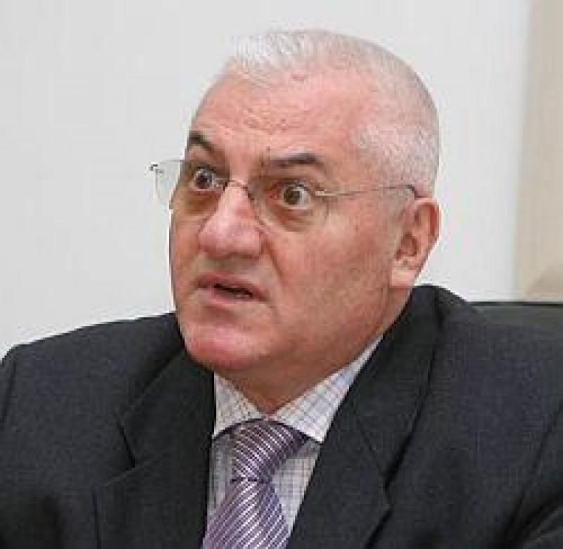 Dumitru Dragomir, reales in fruntea LPF