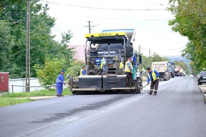 După contestări repetate ale bugetului județului se asfaltează și drumul județean Mesteacăn – Vorona