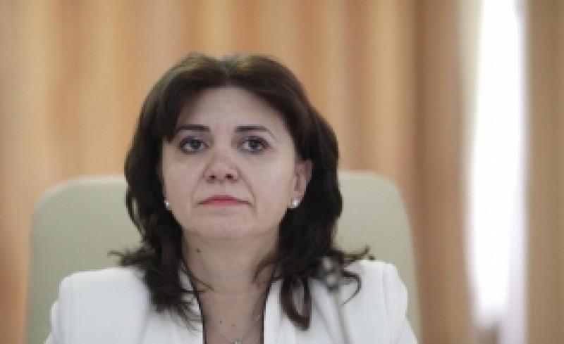 După declarațiile SCANDALOASE despre rezultatele la testele PISA, ministrul Educației vine cu o propunere HALUCINANTĂ: 'O oră de lectură'