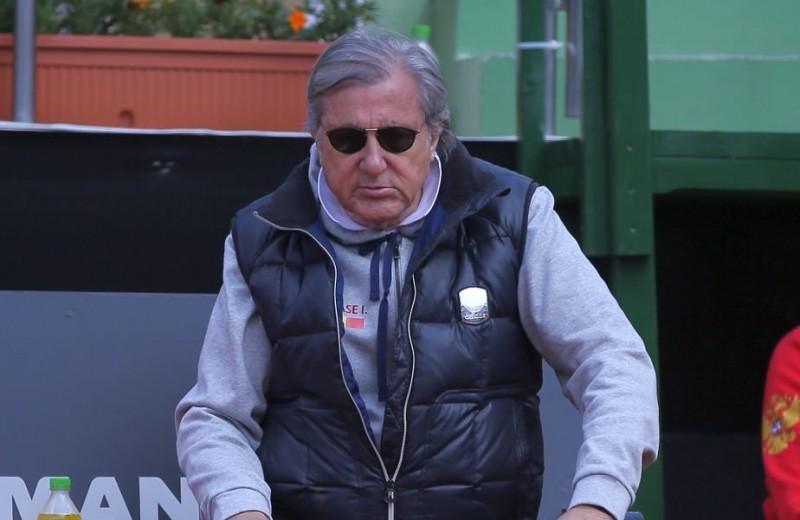 După Wimbledon, Ilie Năstase nu va primi acreditare nici la Roland Garros- presa franceză