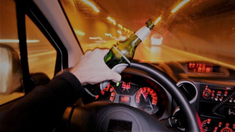 E bine să știi: În cât timp se duce alcoolul din sânge dacă vrei să te urci iar la volan!