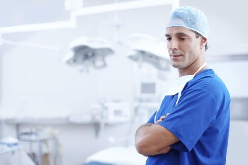 E bine să știi: Top 5 situații de malpraxis pentru medicii români