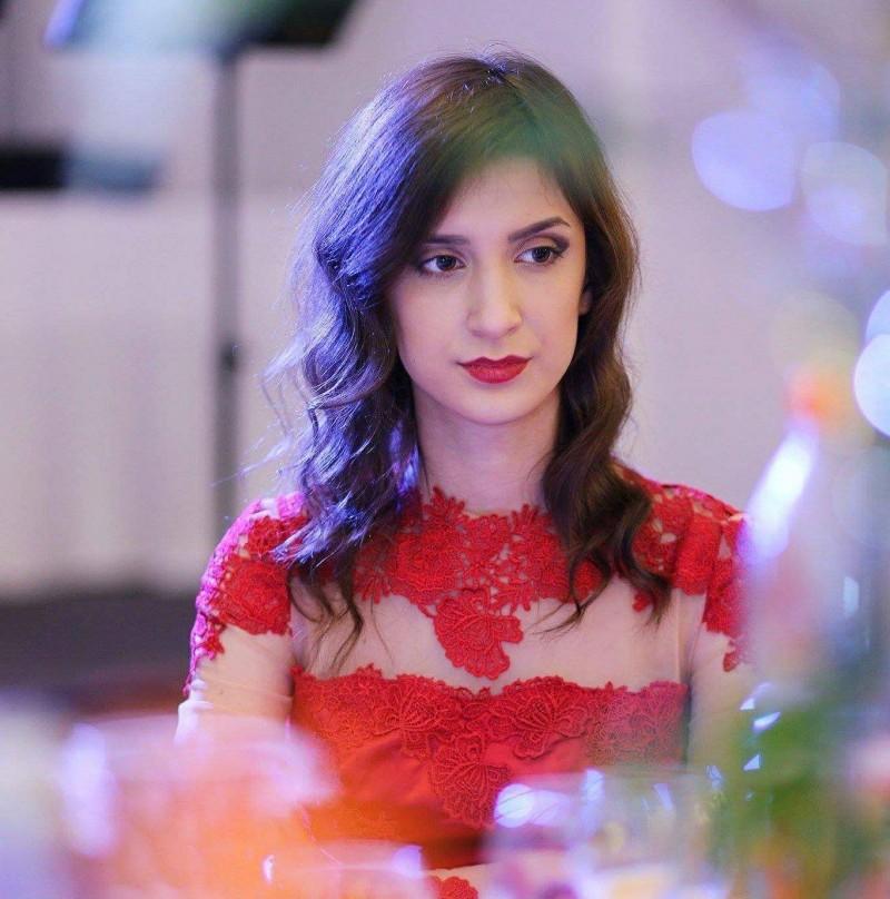 Ea este fata de 16 ani, din Botoșani, care i-a uimit pe jurații de la Vocea României! VIDEO