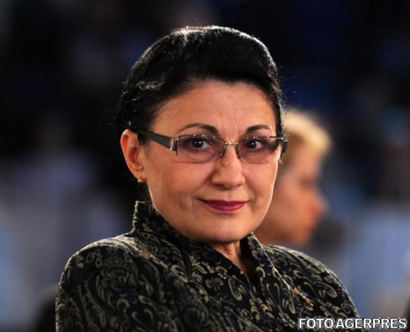 Ecaterina Andronescu este noul ministru al Educaţiei. Klaus Iohannis a semnat decretul