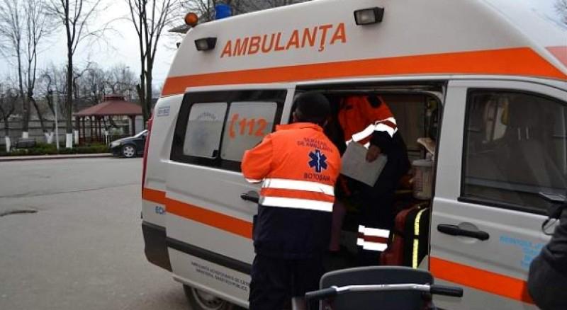 """Echipajele de pe ambulanțele din Botoșani FIERB. Protecție aproape NULĂ în misiuni, expunere la Covid-19 rămasă netestată. """"Suntem proștii care facem ce vor ei"""""""