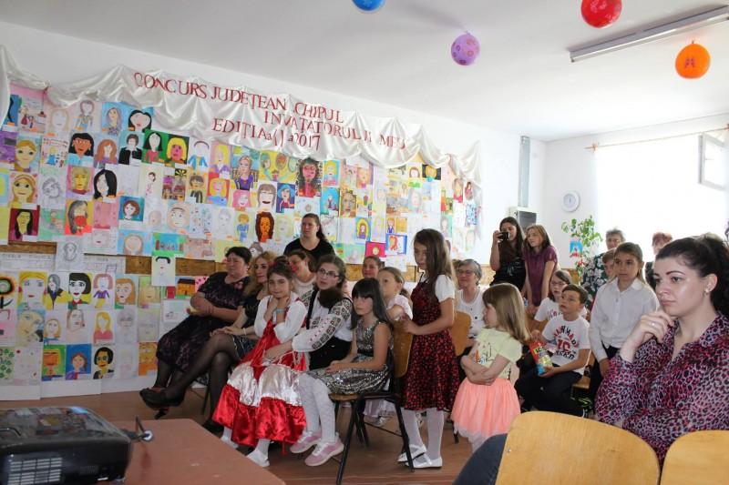 """Ediţia a doua a Concursului """"Chipul învăţătorului meu"""" şi-a premiat câştigătorii din întreaga ţară! FOTO"""