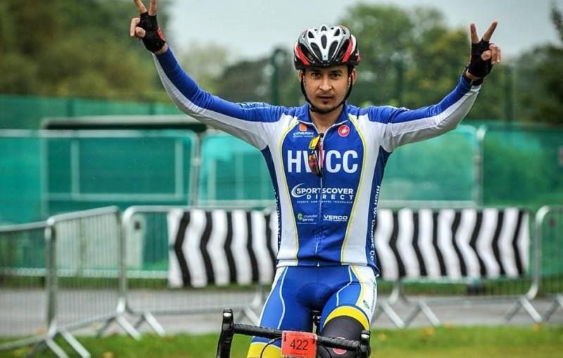 El este botoșăneanul care va pedala pe distanța Londra - Botoșani, pentru copiii cu autism! FII ALĂTURI DE BENJAMIN MARCU!