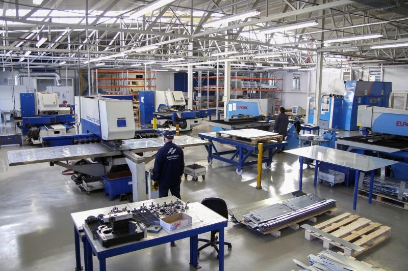 Electroalfa recrutează noi angajați pentru fabricile de producție din Botoșani