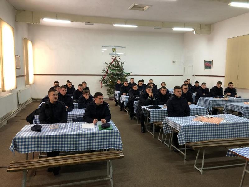 Elevi în practică la Jandarmeria Botoșani - FOTO