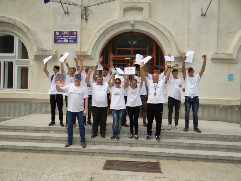 Elevii din Botoșani au sărbătorit Ziua Olimpismului! FOTO