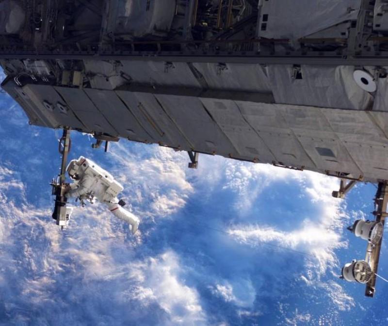 Elevii români au câștigat aproape toate premiile unui concurs organizat de NASA