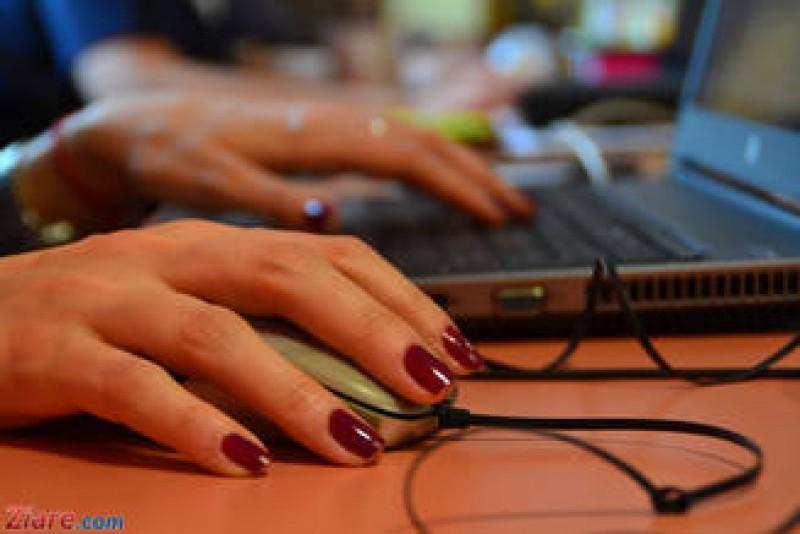 Elevii se pot pregati online pentru proba la informatica a Bacalaureatului!